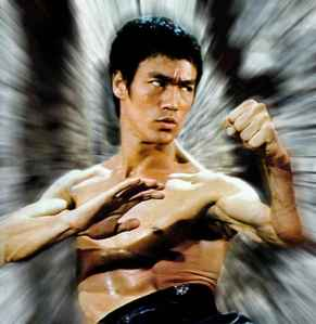 In the 16th Century, nobody knows you're Bruce Lee. Nobody. (via The Feel-Good Lifestyle)